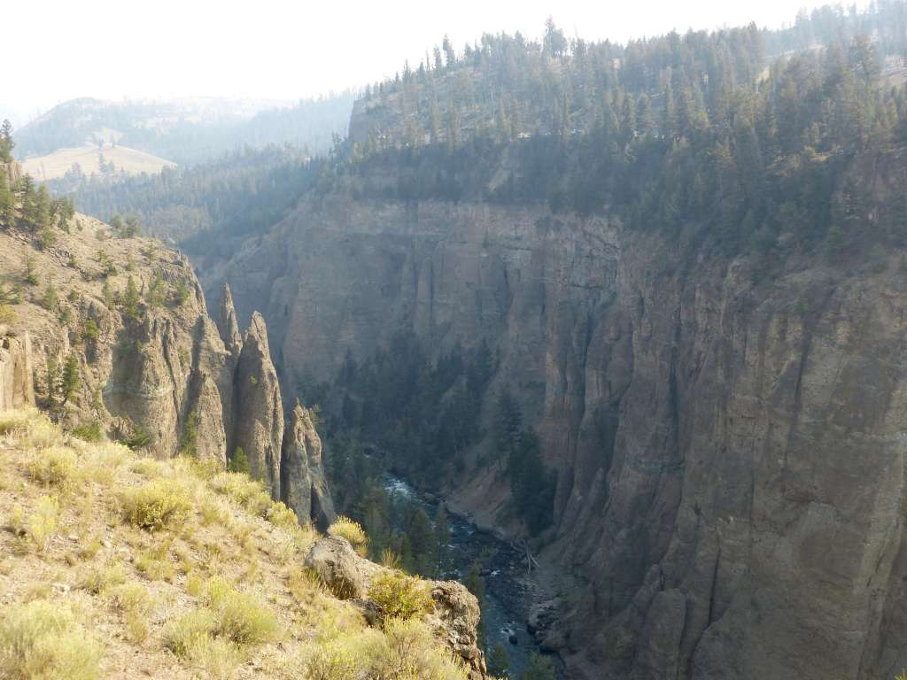 Yellowstone River hike the narrows