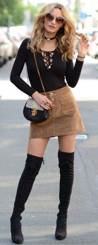 knee boots