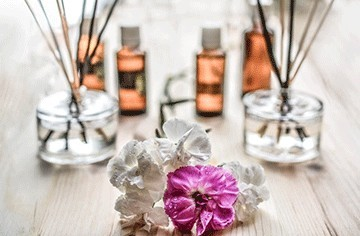massage aromatherapy oils and florals