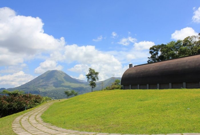 Gambar Pemandangan - Bukit Doa Tomohon