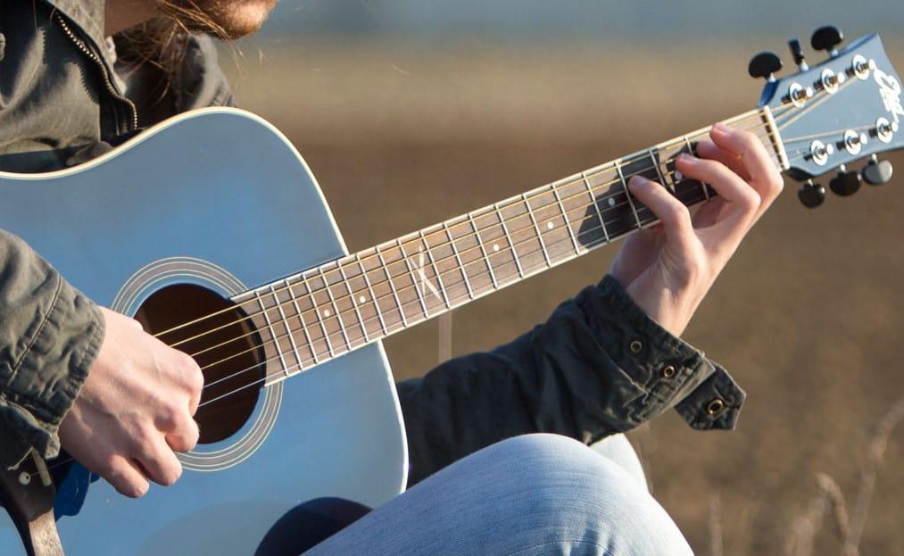 Cara Mudah Belajar Chord Gitar Khusus Pemula Terlengkap