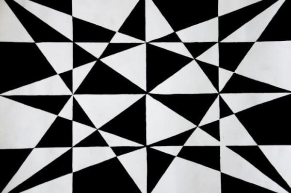 Motif Geometris Hitam Putih