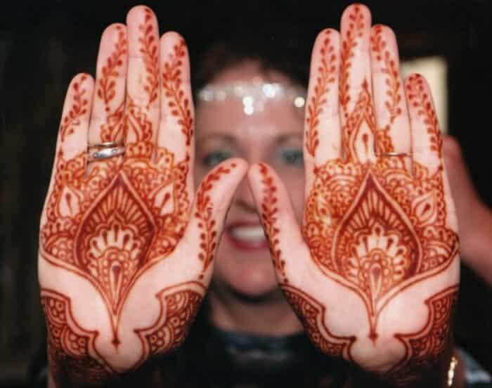 Gambar Henna Di Tangan Dan Kaki