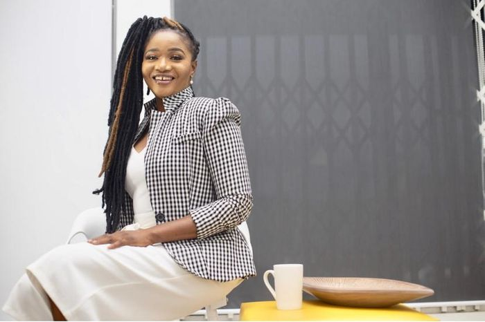 Meet Akua Asantewaa; The Smart & Intelligent Ghanaian Lady Owning 4 Businesses & Creating Luxury Out Of Abandoned Logs