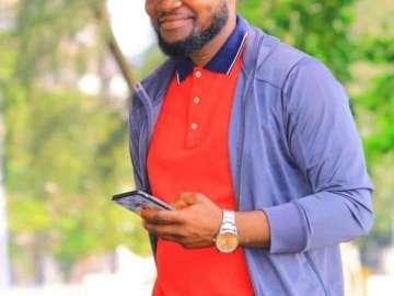 SCREENSHOTS: Sad WhatsApp Messages Of A Young Ghanaian Man Dying Of Coronavirus In UAE Pop Up