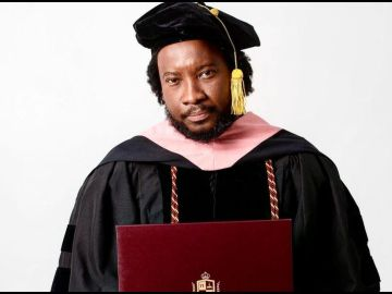 Sonnie Badu Hits Back At Trolls, Says They're Frogs And That He's A Lion - Lion Of Fake Degrees I Guess