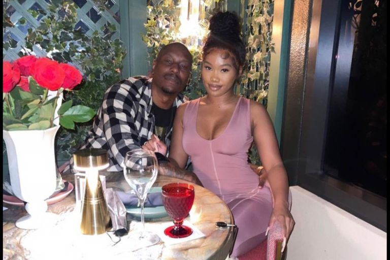 VIDEO: Hollywood Star, Tyrese, Opens Wide His Girlfriend's Legs And Shaves Her Bushy Pxxy On Instagram