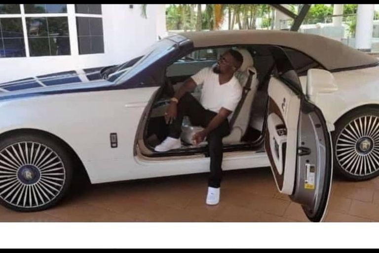 Sarkodie Trolled For Posing And Taking A Photo In Someone's Rolls Royce