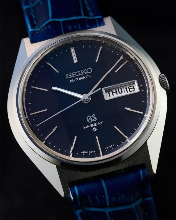 54 – 5646-7010 blue dial