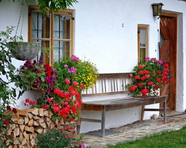 ways add farmhouse style