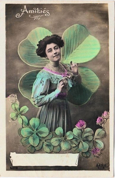 Lovely Victorian Card w 4 Leaf Clovers  The Graphics Fairy