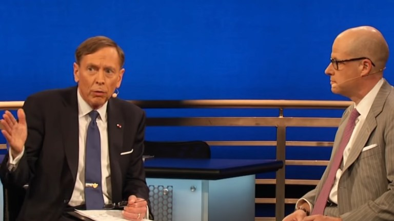 David Petraeus Max Boot Trump foreign policy