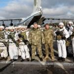 poroshenko troops nazi patch totenkopf