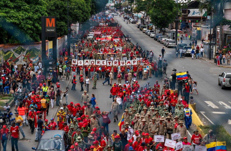 Venezuela no more Trump protest signs fence