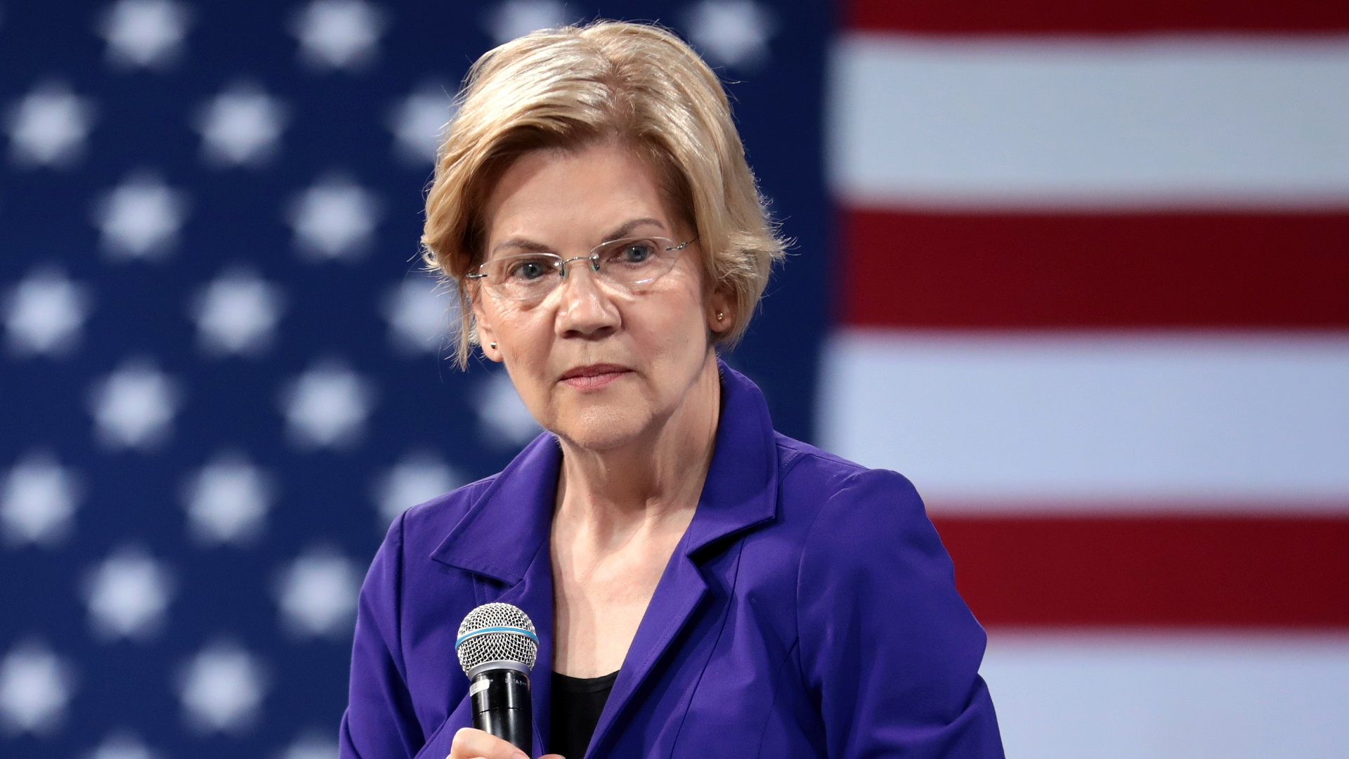 Elizabeth Warren endorses Trump's economic war on Venezuela, then soft-pedals far-right Bolivia coup | The Grayzone