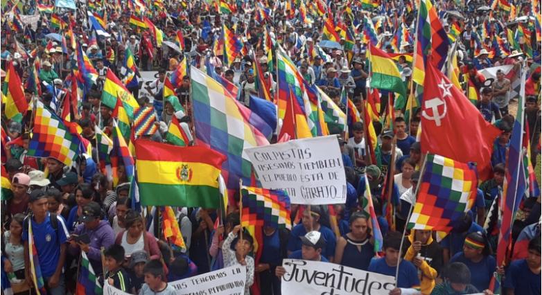 El territorio libre de Bolivia de Chapare ha derrocado al régimen golpista y se está preparando para una sangrienta re-invasión.