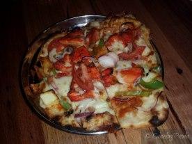 Tandoori Chicken Pizza Naan
