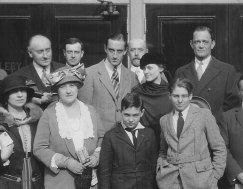 """""""THE SWAN"""" company, Rathbone center, with Le Gallienne beside him"""