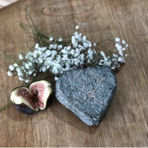Burts Blue Cheese Heart 200g
