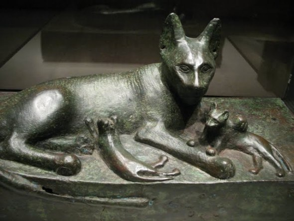 Bast and Kittens - Cat in ancient Egyptian Art