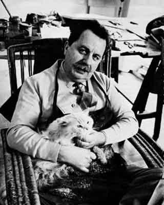 Franco Gentilini and cat
