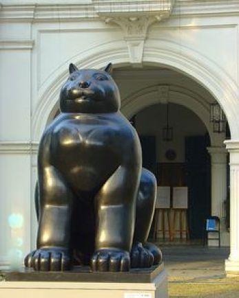 Fernando Botero cat statue Singapore, cats, cat sculpture, cat art
