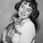 Ingrid Bergman, famous cat lovers