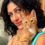 Lisa Edelstein and cat, famous cat lovers
