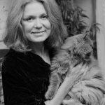 Gloria Steinem and cat