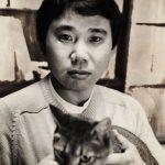 Haruki Murakami and cat 2