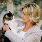 Olivia Newton-John and cat