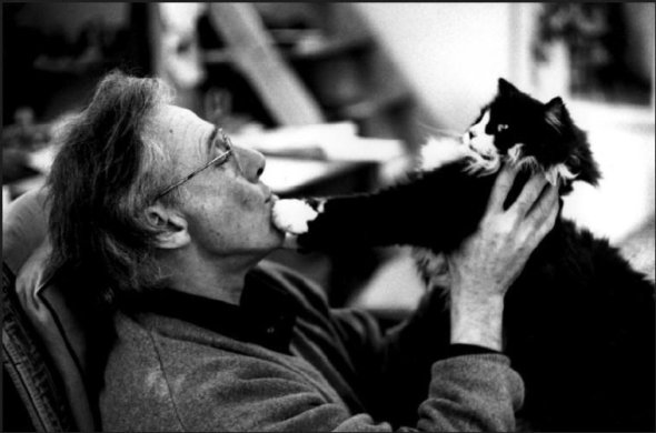 Jean Leyris, French sculptor and Cat, 1998, Martine Franck
