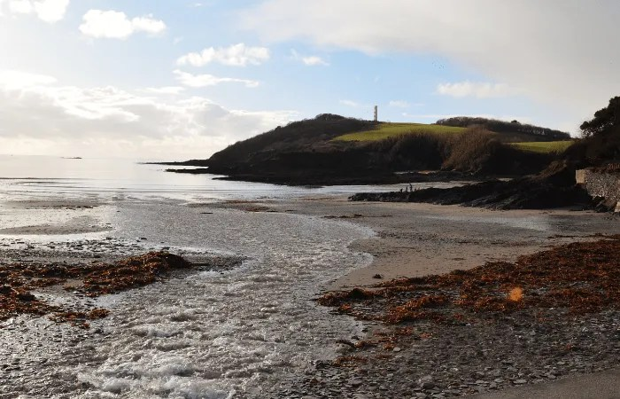 Polridmouth Beach and Gribbin Head Daymark