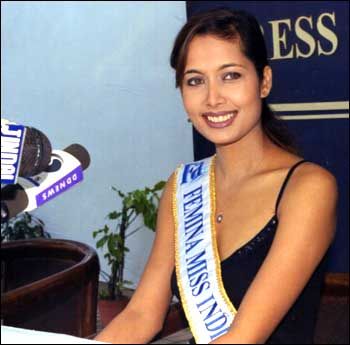 """Shruti Sharma boldly declared during Top 10 round of Miss India that she thinks entering Bollywood after Miss India is retrogressive, but she ended up doing some films like """"Tezaab"""" after her reign as Miss India.  Everyone has the right to evolve, grow and change opinions. :)"""