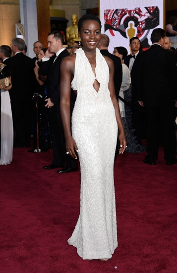 Lupita-Nyong'o-In-Calvin-Klein-Collection