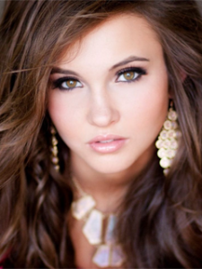 Hannah Bockhaus will represent Iowa at Miss Teen USA 2016 pageant