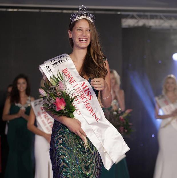 Marijana Markovic crowned as Miss Bosne i Hercegovine 2015