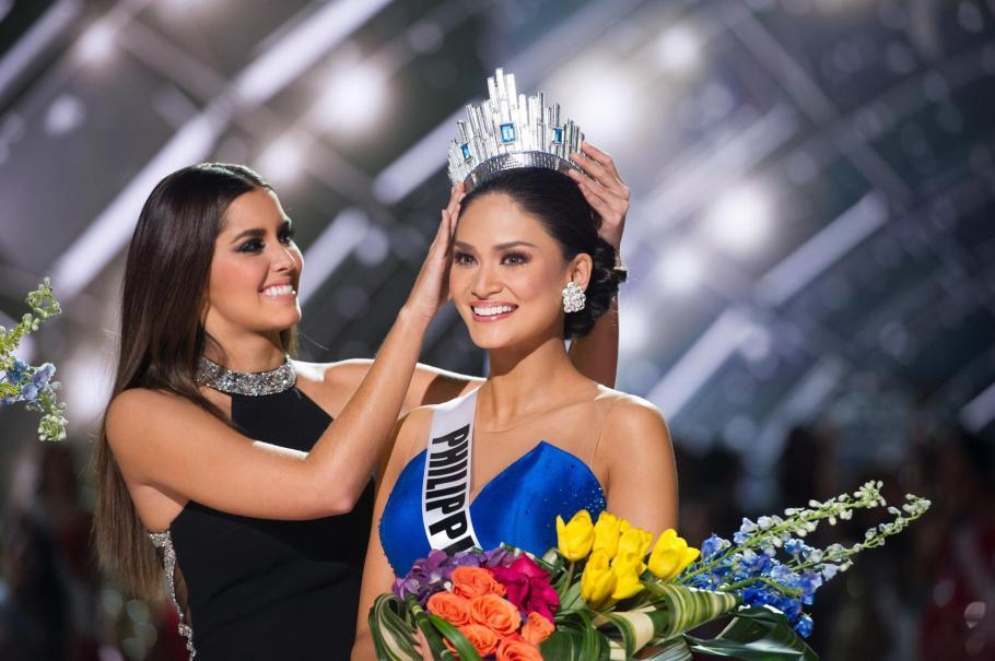 Miss Philippines Pia Wurtzbach wins Miss Universe 2015