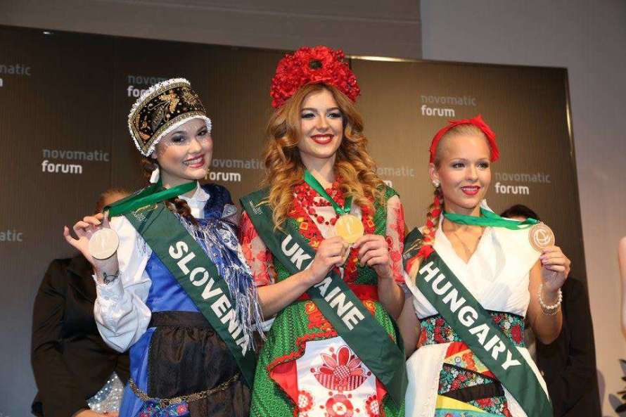 Miss Earth 2015 National Costume Winners