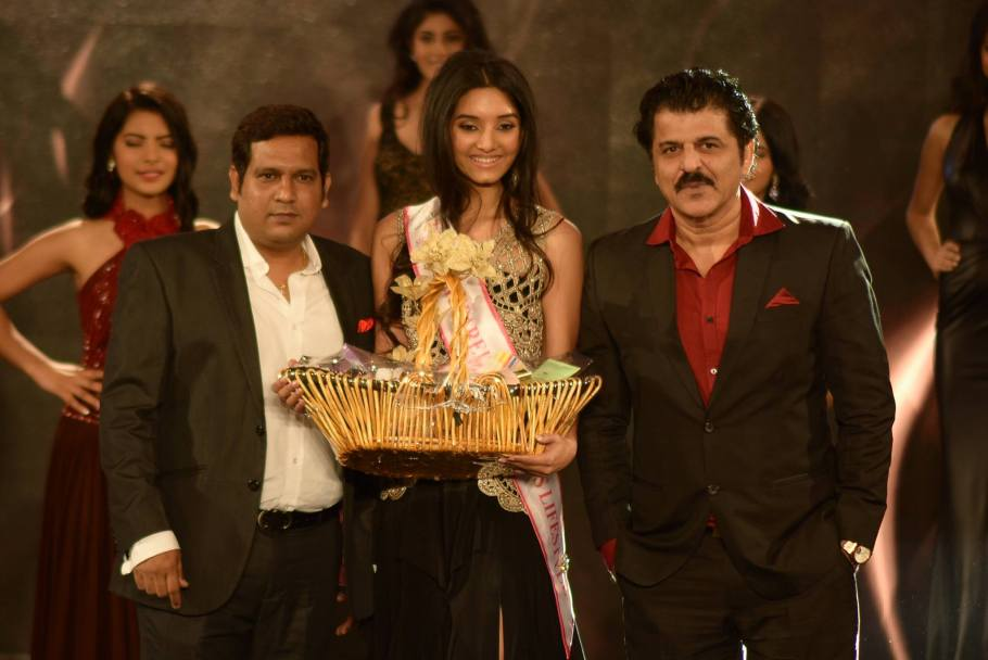 Vaishnavi Patwardhan won Ruparel Realty Miss Lifestyle at Femina Miss India 2016 Sub Contest