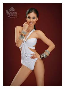 Binibini #30 CRESCENT ANNE SAMACO during Binibining Pilipinas 2016 Swimsuit portraits