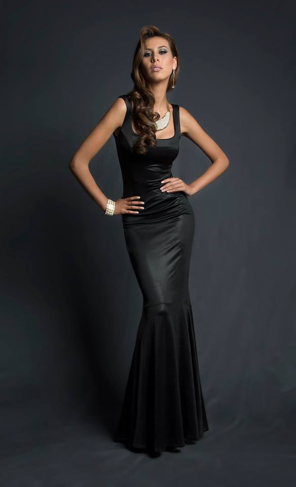 Cristina Vásquez Alarcón during Miss Ecuador 2016 Evening Gown Portraits