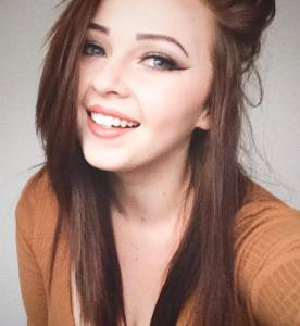 Rachell Fleet is a contestant of Miss Wales 2016
