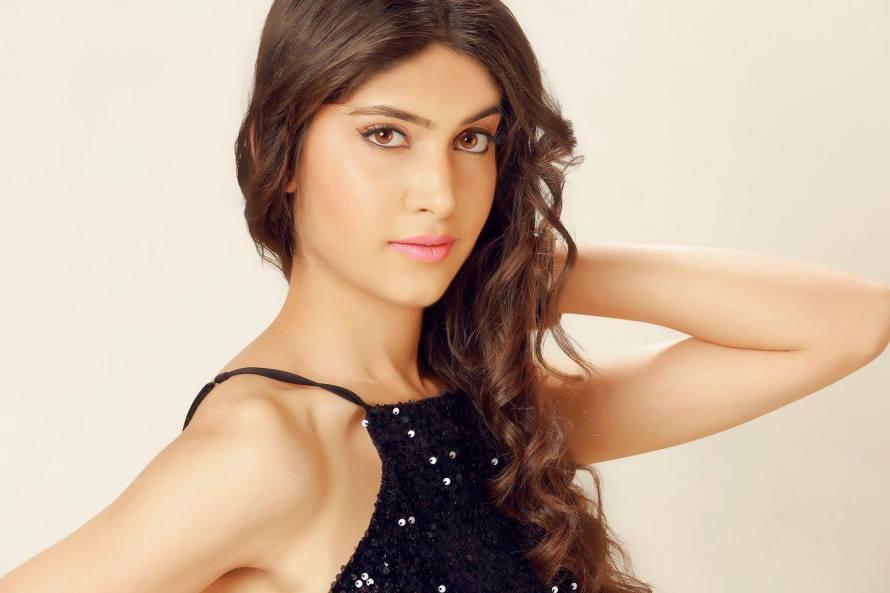 Sukriti Chotani is a contestant of Campus Princess 2016