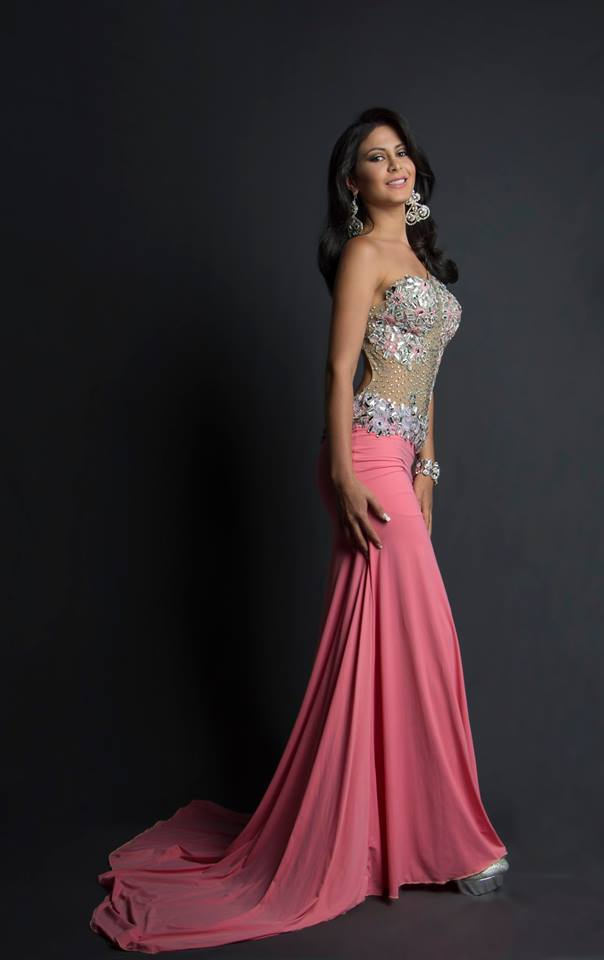 Zulibeth Coronel during Miss Ecuador 2016 Evening Gown Portraits