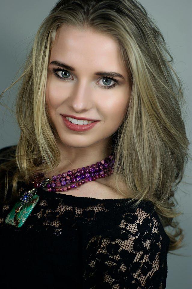 Floor Masselink won Miss Grand Netherlands 2016.