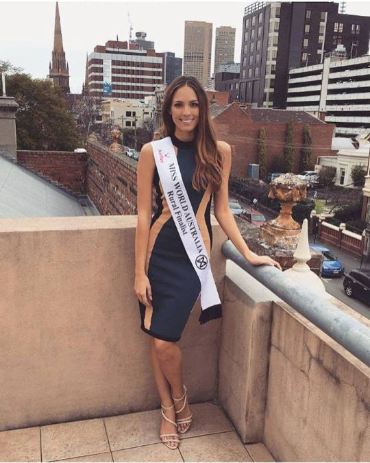 Madeleine Crowe is Miss World Australia 2016