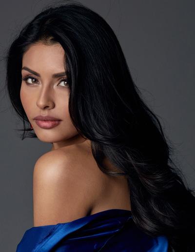 Miss Mexico-Kristal Silva Miss Universe 2016 glamshots