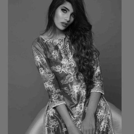 Aditi Hundia wins  Fbb Colors Femina Miss India Rajasthan 2017
