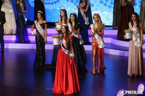 Lily Sargsyan crowned as Miss World Armenia 2017